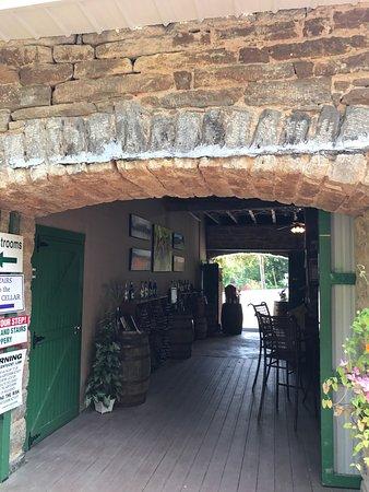 Baker-Bird Winery: photo3.jpg