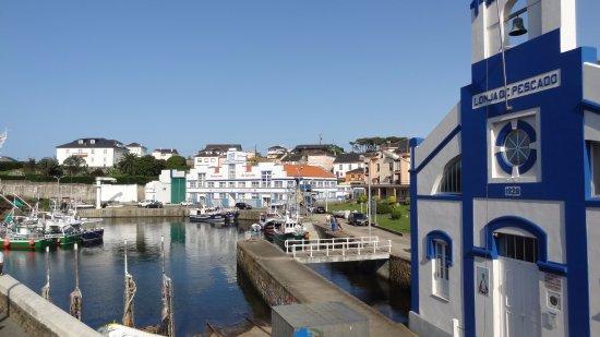 Restaurante Regueiro: La seductora visita a Puerto de Vega les convertirá en adictos a su belleza pesquera.