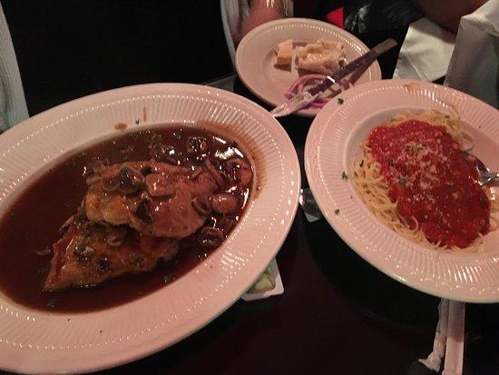 Pacino's Mediterranean Grille: photo2.jpg