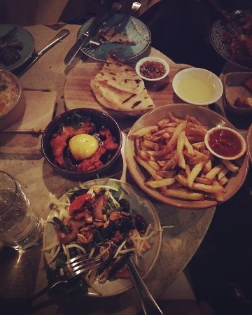 Mount Lawley, Australie : Selection of share plates