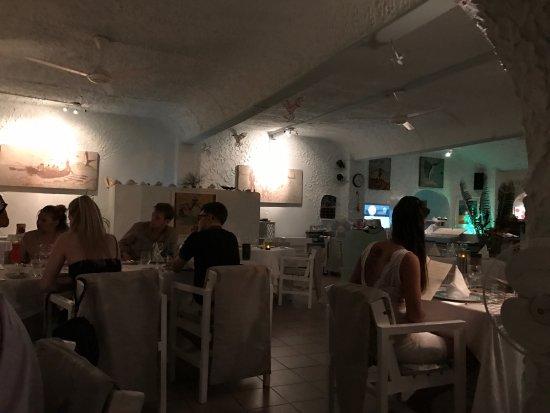 La Scala Restaurant: photo3.jpg