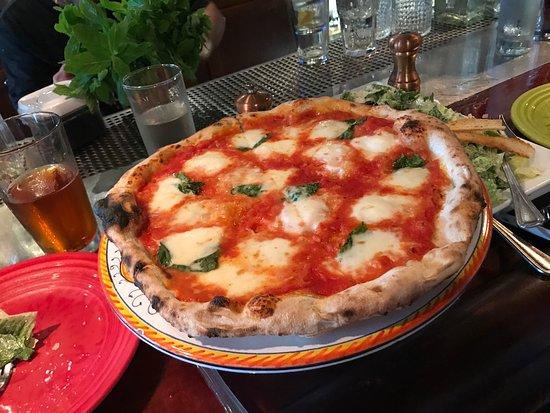 Tony's Pizza Napoletana: photo2.jpg