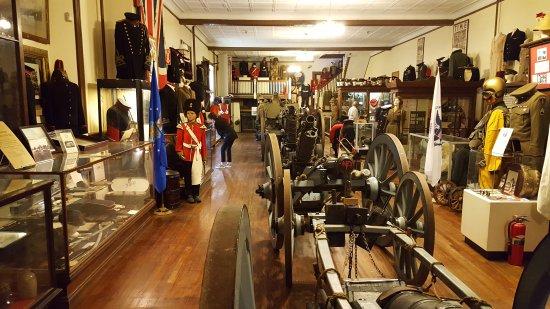 Rhode Island: Artillery Company of Newport