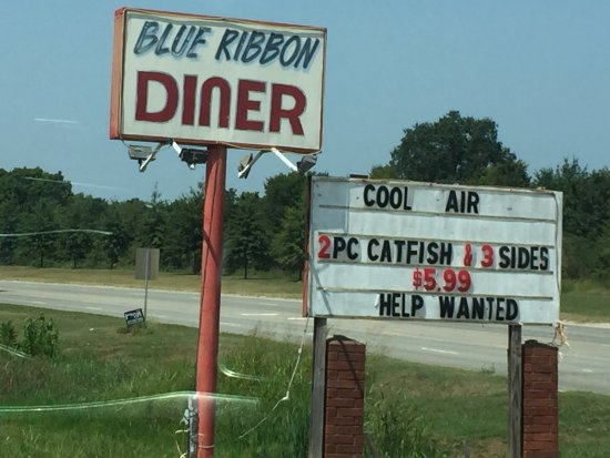 Sallisaw, OK: Lunch prices and food are exceptional!