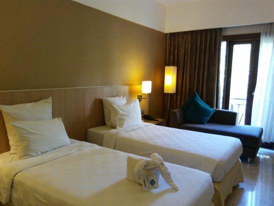 Novotel Surabaya Hotel and Suites: 20170827_144032_large.jpg