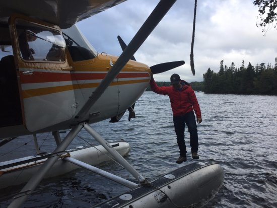 Acadian Seaplanes: Keith walking on water