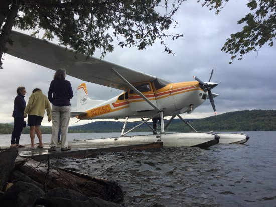 Acadian Seaplanes: What a beauty of a plane