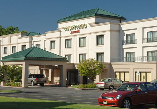 Courtyard by Marriott Albany Airport: Exterior