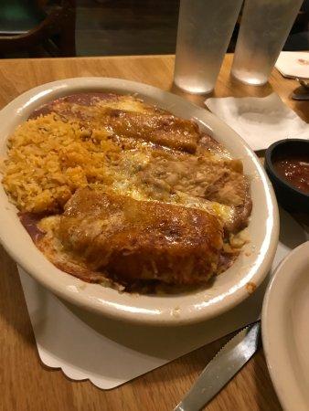 Ла-Меса, Калифорния: Enchilada Platter