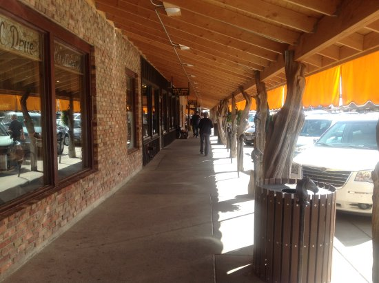 Wall Drug: Quant little old town