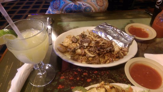Raytown, MO: Fajita and magarita at El Maguey