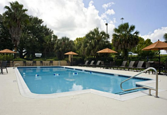 Fairfield Inn & Suites Valdosta : Outdoor Pool
