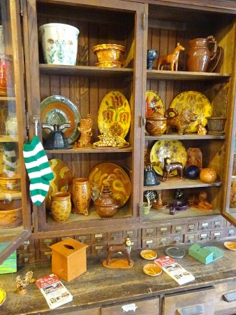 Robesonia, PA: Redware and some crafts, too.