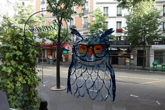 Chouette Hotel: welcoming owl XD