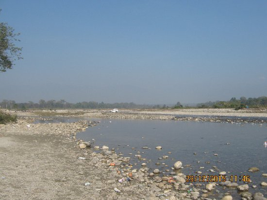 In Winter Murti river is without so many water