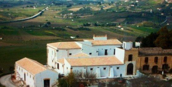 Castello o Masseria di Rampinzeri
