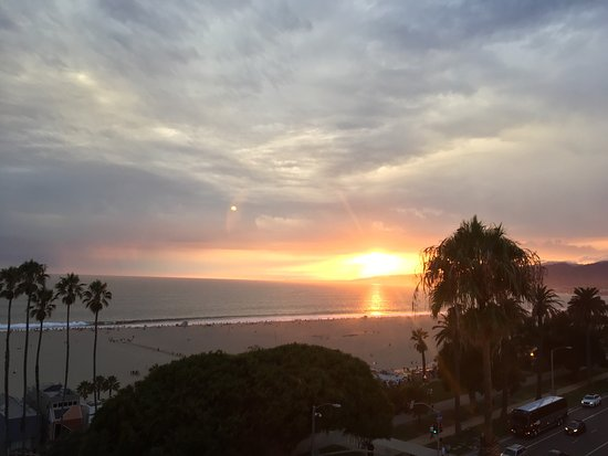 Hotel Shangri-La Santa Monica: photo3.jpg