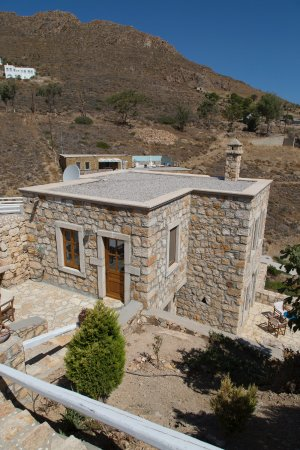 Grikos, Grecia: exterior looking down on the house