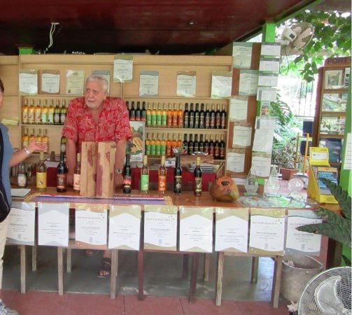 Shannonvale Tropical Fruit Winery: Selling