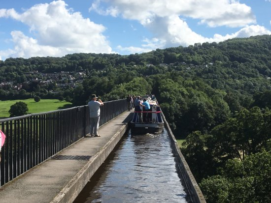 Middlewich, UK: Crossing Pontcysyllte