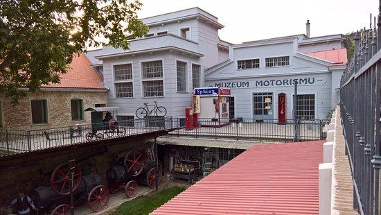 Veteran Car Museum: Muzeum motorismu