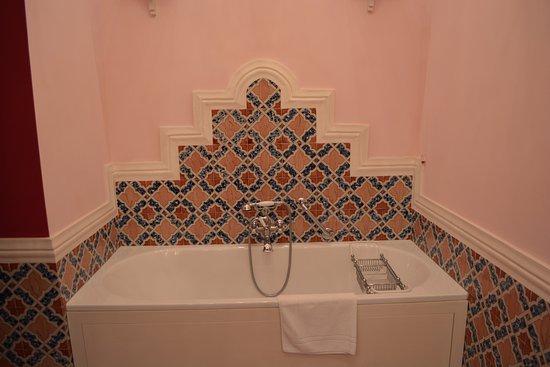 Don Alfonso 1890 Boutique Hotel : Stanza da bagno (particolare)
