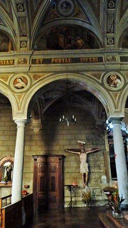 Pogno, Italia: Arcate interne