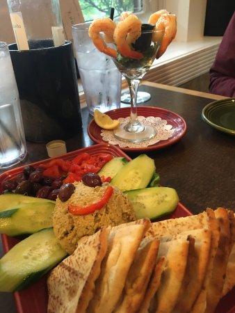 Leelynn's Dinning Room & Lounge: photo0.jpg