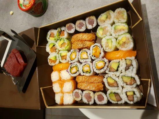 restaurant sushi shop dans nancy avec cuisine japonaise. Black Bedroom Furniture Sets. Home Design Ideas
