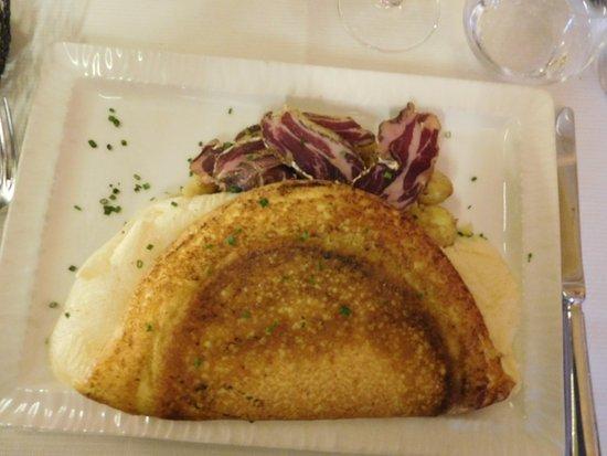 L 39 omelette de la m re poulard photo de la m re poulard mont saint michel tripadvisor - Omelette de la mere poulard ...
