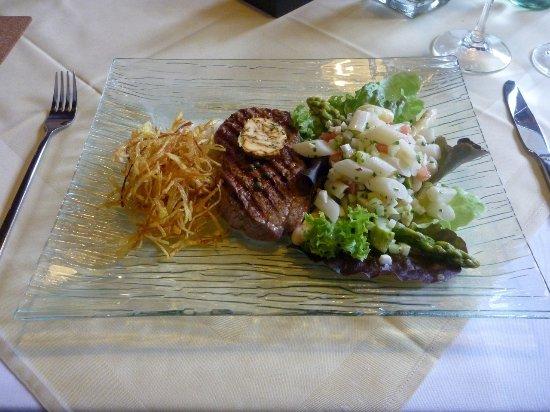 Mainburg, Alemania: Steak von der Rinderlende