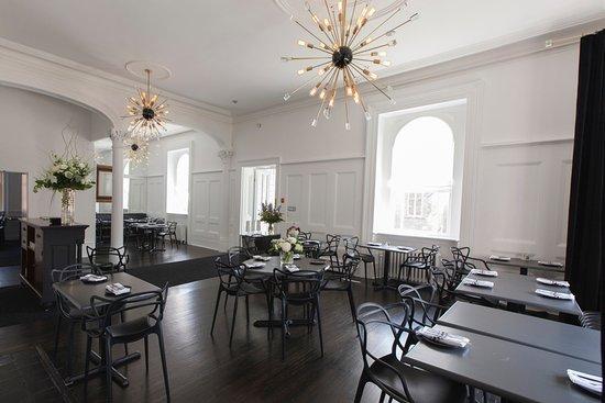 Hotel Carlyle & Restaurant ภาพถ่าย