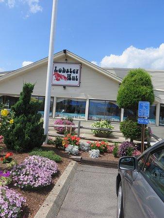Lobster Hut: Entrance