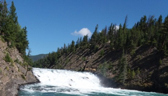 Elkhorn Lodge: nearby Bow falls