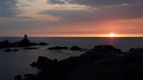 Corbiere Lighthouse (La Corbiere): August sunset