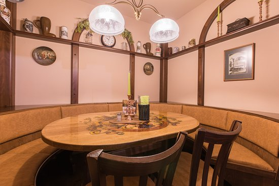 altmarktkeller dresden innere altstadt restaurant bewertungen telefonnummer fotos. Black Bedroom Furniture Sets. Home Design Ideas