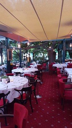 la villa marseille 113 rue jean mermoz saint giniez restaurant bewertungen fotos. Black Bedroom Furniture Sets. Home Design Ideas