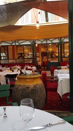 la villa marseille 113 rue jean mermoz saint giniez restaurant avis photos tripadvisor. Black Bedroom Furniture Sets. Home Design Ideas
