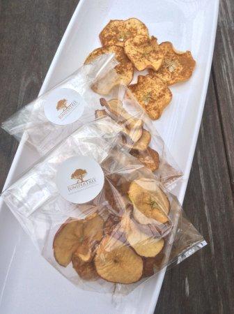 Morgantown, PA: Apple Cinnamon chips