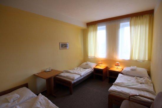 Nove Mesto na Morave, República Checa: rodinný pokoj - pokoj se dvěma ložnicemi se dvěma až třemi lůžky