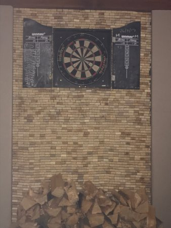 The Creggans Inn : Lovely food followed by game of darts