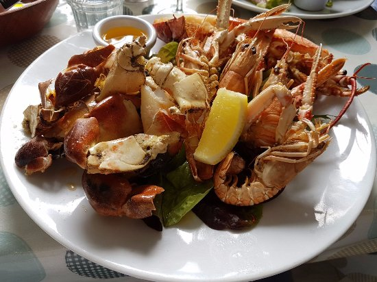 Eithna's by the Sea: Shellfishplatter One