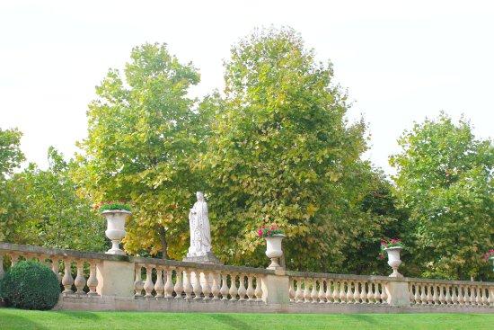 Jardines de luxemburgo picture of luxembourg gardens for Jardines de luxemburgo paris