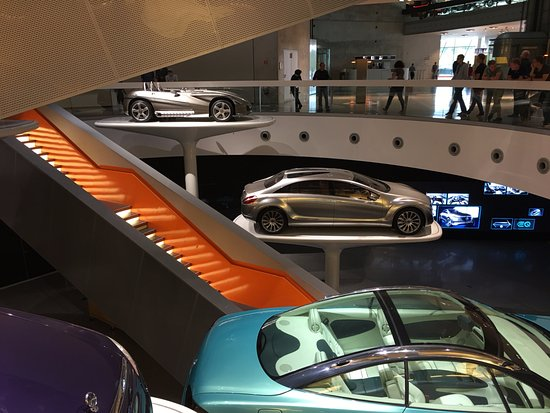 7022811b91 End of Tour futuristic - Picture of Mercedes-Benz Museum