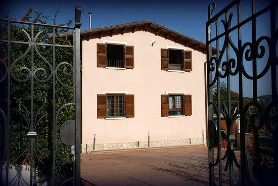 Sante Marie, Italie : L'ingresso principale