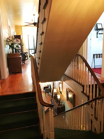 Mount Morris, NY: staircases