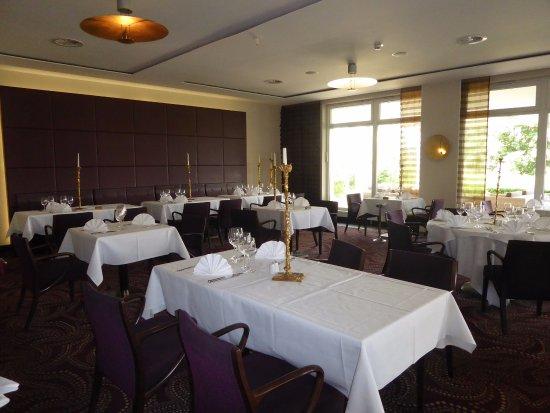 Im Restaurant - Picture of Best Western Premier Castanea Resort ...