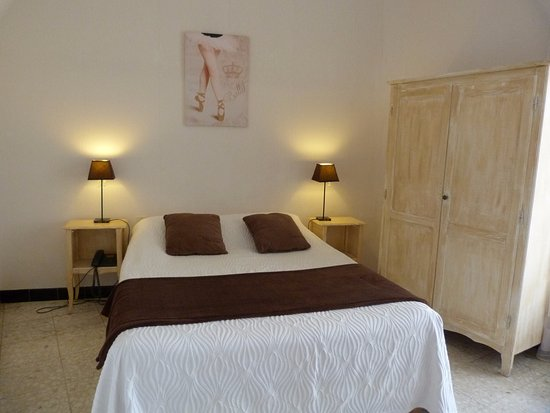 Hôtel de Thau: chambre double confort avec balcon