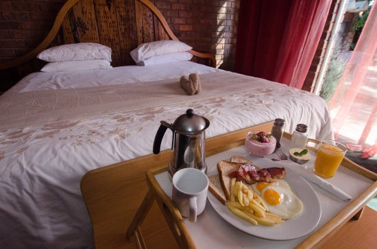 Benoni, South Africa: Order breakfast or dinner as room service
