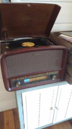 Saugatuck, MI: retro stereo